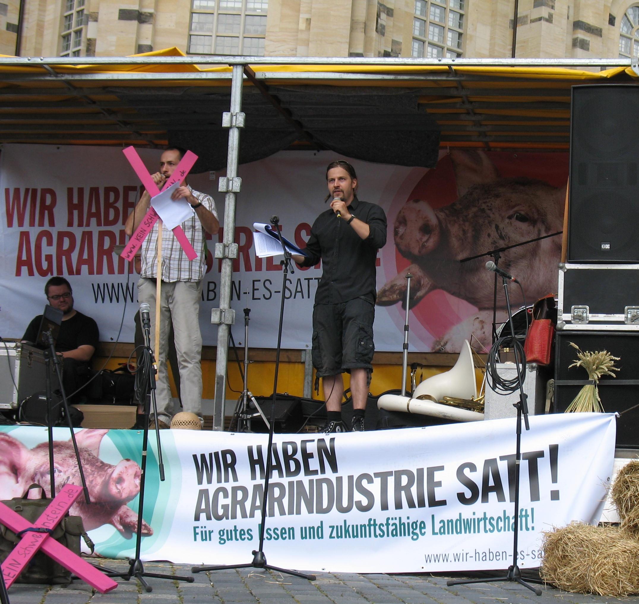Demo_Desden-Frauenkirche