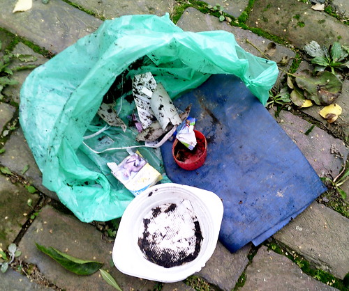Müllsammelaktion im Nonnenwald